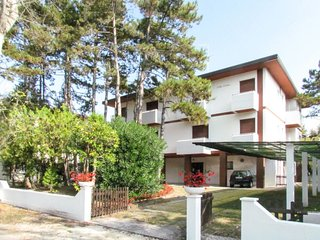 2 bedroom Apartment in Bibione, Veneto, Italy : ref 5641547