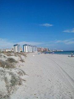Playa en mar Mediterráneo