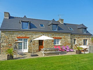 3 bedroom Villa in Telgruc-sur-Mer, Brittany, France : ref 5438425