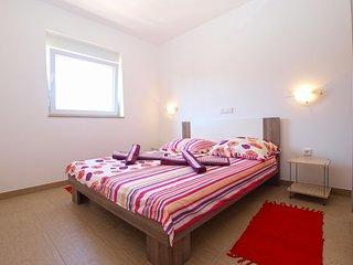 Apartment 13826