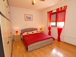 Apartment 1748