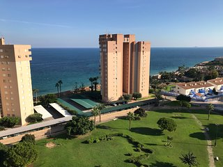 Amazing Sea Views, TOP FLOOR 12th Apartment - CAMPOAMOR - 150m beach