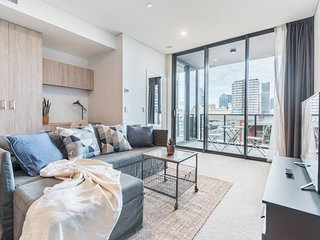 Executive Two Bedroom City Apartment With Views