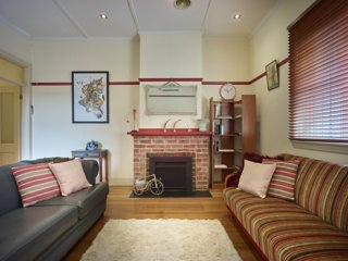Charming Brick home in Collingwood