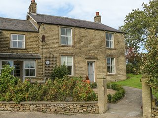COARS FARM, bath, WIFI, en-suite bathroom, near Wigglesworth,  Ref 965558