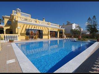 Villa Sesmarias - Villa with private pool and kids pool