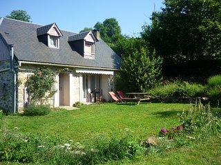 Gîte 4/5pers 'La Grange de la Hulotte' et Atelier de Méditation.