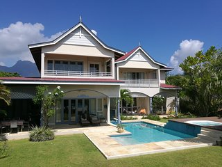 Luxury 3 Bedrooms Beach Villa with Private Pool in Resort of Seychelles