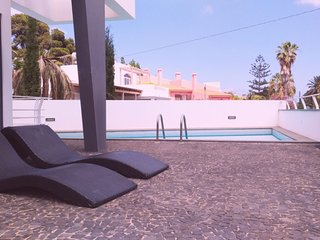 Dram Rental & Services - Villa Ana - Modern House with private swimming pool