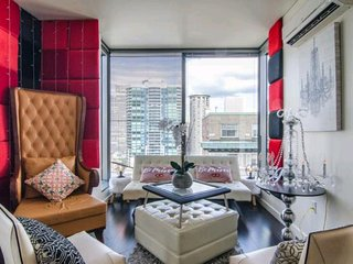Luxury Escapes The Millionaire Suite 2 Bedrooms Sleep 5 FREE PARKING