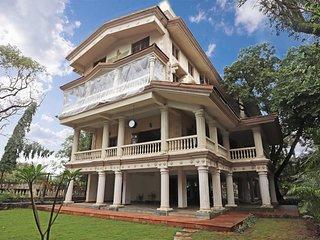 Parsi Mansion