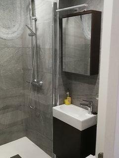 Rain Shower Room