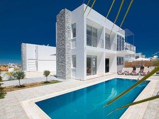Cyprus  In The Sun Villa Pearl 17 Gold
