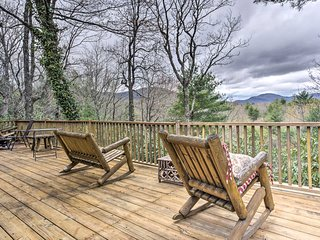 NEW! 5-Acre Lake Toxaway Mountain Cabin w/Fire Pit