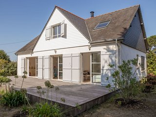 5 bedroom Villa in Saint-Pierre-Quiberon, Brittany, France : ref 5680540