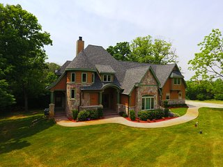 Lake Geneva Executive home, fully furnished