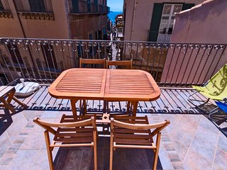 Terrazza Spinola - Terrace on the heart of Cefal