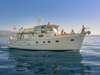 Yacht charter M/Y Inkal-Grand Banks, Alaskan 46 - Trips & cruises, Scuba diving