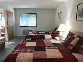 Trails Inn Quadna Mountain-Motel & RV Campground Room 210