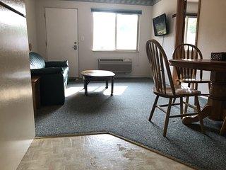 Trails Inn Quadna Mountain-Motel & RV Campground Room 213