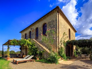 4 bedroom Villa in Buonconvento, Tuscany, Italy - 5502842