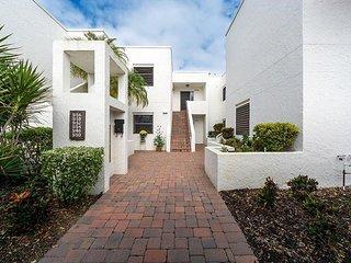 Sarasota 36
