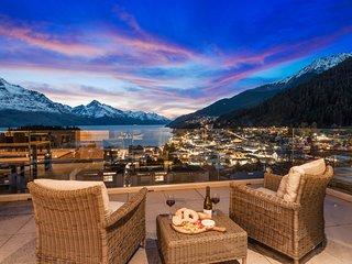 Catalina's Luxury Penthouse 6