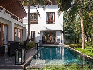 pran-a-luxe holiday villa