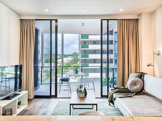 Ultimate 2 Bedroom Brisbane Place & Parking