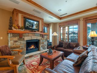 Beautiful home in Northstar, walk to ski - Aerials at Big Horn Lodge