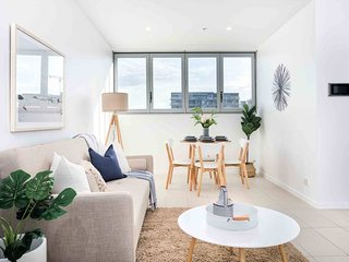 Bright and Stylish 2 Bedroom Pad