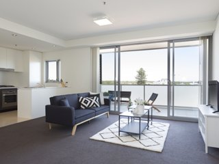 Conveniently Located Pad with Balcony & Parking