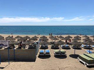 Primera linea de Playa, Frontal al mar