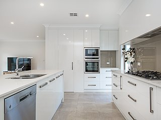 Luxurious Family Home in Yarralumla
