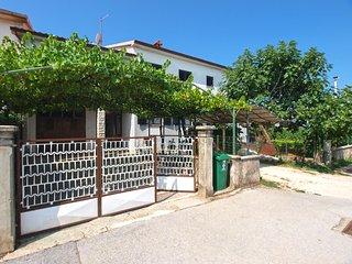 Apartment 140