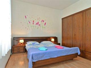 Apartment 817