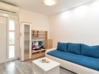 Apartment 2454