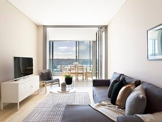Chic Designer Apartment in Olympic Park + Parking
