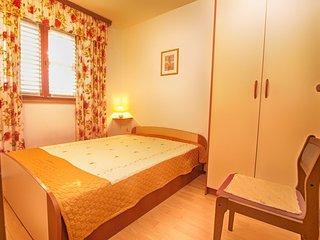 Apartment 14937