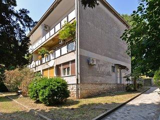 Apartment 16802