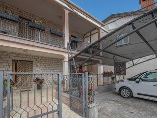 Apartment 17640