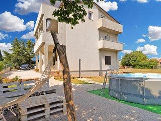 Apartment 18005