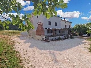House 17639