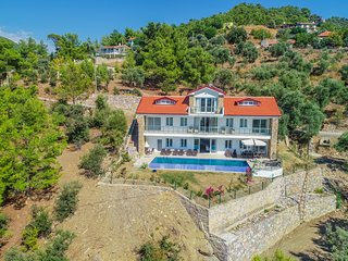 Villa Cennet Gokbel