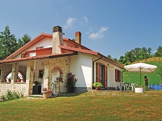 3 bedroom Villa in Frassineto, Tuscany, Italy - 5566807