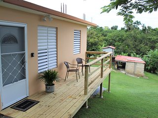 ❃Queen Size Bed + Outdoor Deck + Parking + WiFi ❃