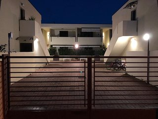 Marina di Pulsano Apartment Sleeps 5 with Air Con and WiFi - 5680891