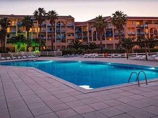 Appartement confort avec balcon/terrasse, proche plage 300m