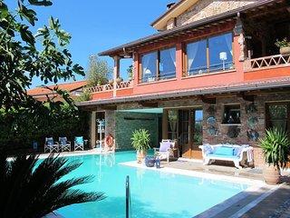 5 bedroom Villa in Corsanico-Bargecchia, Tuscany, Italy : ref 5680491