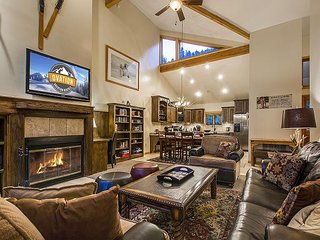 3 Bed 3 Bath Deer Valley Aspen Wood Town Home - By Ovation Vacation Rentals